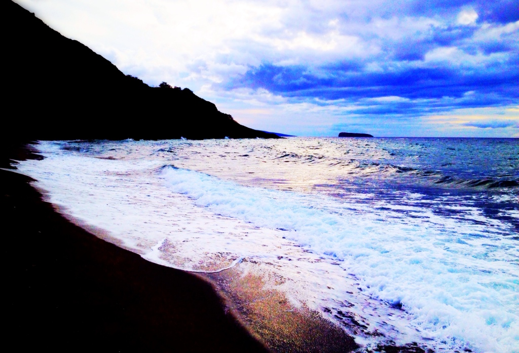 The black sand beach...